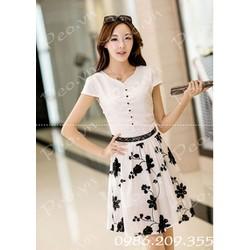 Mã số 580131 - Váy xòe hoa thêu nổi hàng nhập