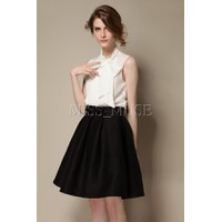 chân váy xếp ly đính nơ đen xinh xắn - XT01