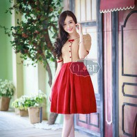 Đầm xòe chân váy đỏ đính nơ