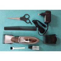 Tông đơ cắt tóc  dùng pin sạc MC08