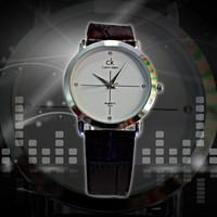 Đồng hồ đeo tay chống nước Calvin Klein DH47