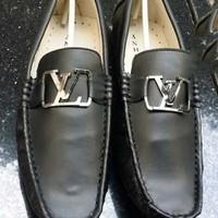 Giày da nam công sỏ khóa LV tinh tế sang trọng GDNLV12