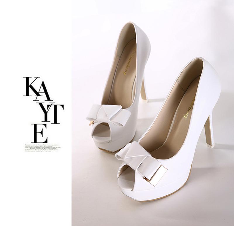 f3979.com - C112 - Giày cao gót nơ trắng 1