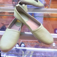 Giày lười xuất dư