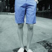 Quần kaki nam short màu xanh nhạt trẻ trung, cá tính