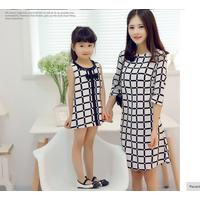 Đầm đôi sọc ca ro trẻ trung cho mẹ và bé HGS-17