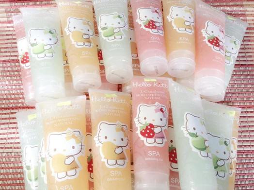 Gel Tẩy tế bào chết Body Hello Kitty  2