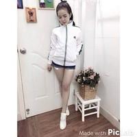 Aó khoác màu trắng viền xanh from body ôm dành cho nữ giá rẻ nhất
