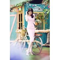 Đầm màu hồng nhạt thiết kế tay lỡ dễ thương như Ngọc Trinh SR207