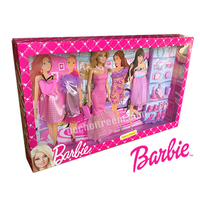Búp bê Barbie bộ sưu tập dạo phố BCF76
