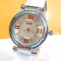 Đồng hồ Skmei dây trắng