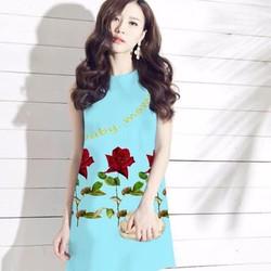 Đầm suông họa tiết hoa hồng chữ D686