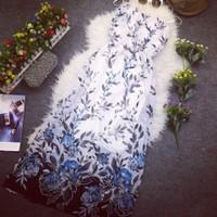 Đầm maxi voan 2 dây bo eo hoa hồng xanh mới về hàng