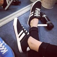 Giày vải thể thao 6857