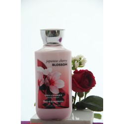Sữa dưỡng thể Bath and Body Works Blossom - Anh