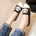 Giày lười nữ hiệu Chanel sành điệu, cá tính