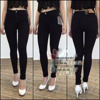 Quần jeans đen lưng cao