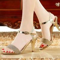 Hàng loại 1: giày cao gót đế vàng quai ngang misa