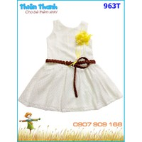 Đầm ren kèm dây nịt rất dễ thương và sang trọng cho bé 12-35kg