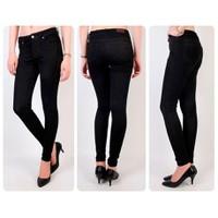 Quần jean đen lưng cao 1 nút VQ125