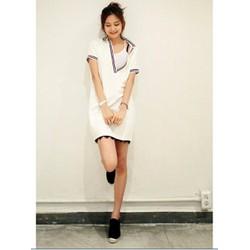 Đầm suông trắng sọc thủy thủ lai tua rua