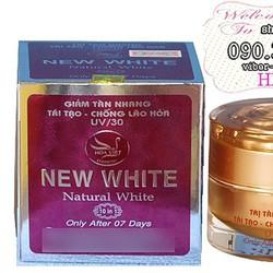 Kem trị tàn nhang tái tạo chống lão hóa da NEW WHITE UV30 - HX1451