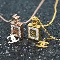 Dây chuyền titan chai Chanel đính hột vuông - trang sức inox