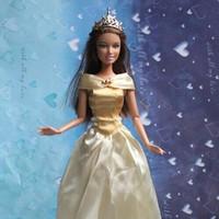 Đầm công chúa cổ bẹt cho búp bê barbie