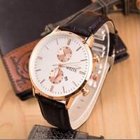 Đồng hồ thời trang nam cao cấp dây da DH13G