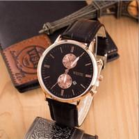 Đồng hồ thời trang nam cao cấp dây da DH13B