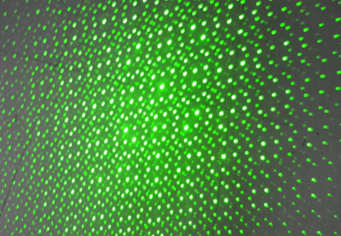 Đèn Pin Laser Pointer 303 7