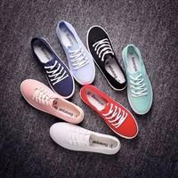 HÀNG NHẬP CAO CẤP - Giày bata cột giây đủ màu