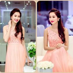 Đầm hồng maxi ren lệch vai hoa hậu Thu Thảo