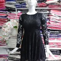 Đầm ren xòe tay dài cao cấp
