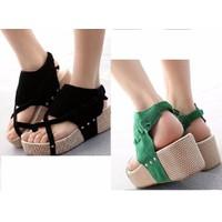 Giày sandals  bánh mì da lộn xỏ ngón