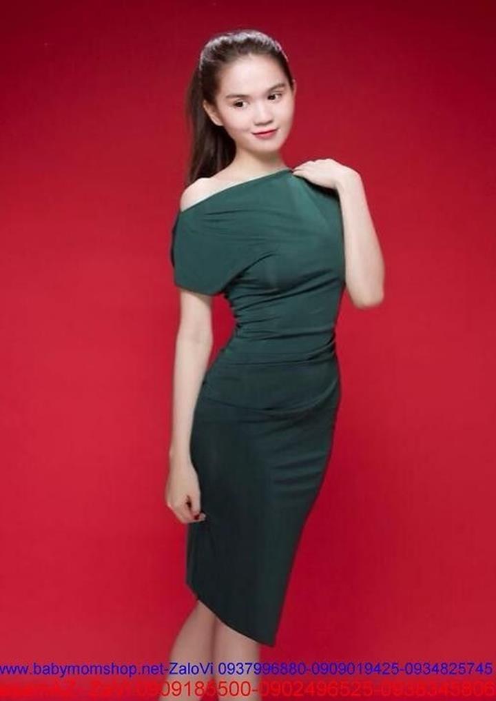 Đầm ôm body lệch vai đơn giản sành điệu như Ngọc Trinh DOV152 1
