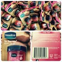 Son dưỡng môi Vaseline Lip Therapy - USA