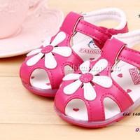 Dép sandal cho bé gái từ 1-3 tuổi