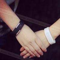 Đồng hồ led silicon kiêm vòng đeo tay thời trang Siêu Rẻ