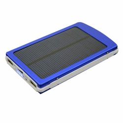 Pin sạc dự phòng năng lượng mặt trời dung lượng lớn 30000 mah xanh