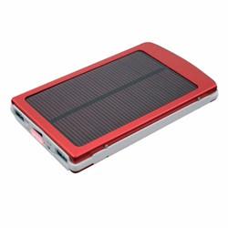 Pin sạc dự phòng năng lượng mặt trời dung lượng lớn 30000 mah đỏ