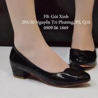 Giày gót vuông đính nơ vuông 3 phân màu đen-GX233