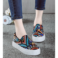 Giày slip on graffiti 7124