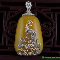 Mặt dây chuyền đá vàng đính hình chim công