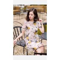 HÀNG NHẬP CAO CẤP -  Đầm suông satin Hoa Cúc Vàng