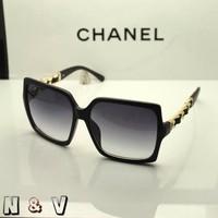 Kính Mát Chanel Victor F1