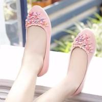 Giày búp bê đính hoa xinh xắn