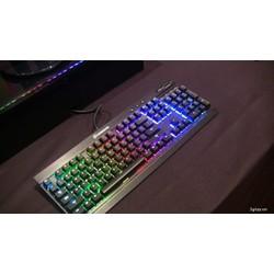 Bàn phím MotoSpeed K70, lung linh 7 màu trong đêm