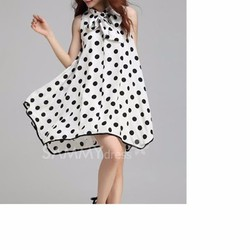 Đầm oversize chấm bi cột nơ cổ xinh