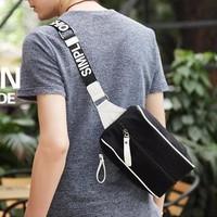 DC012 - Túi Messenger vải bố cực đẹp Praza